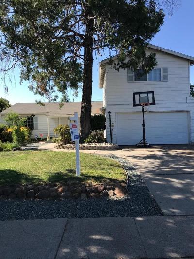 Sacramento Single Family Home For Sale: 4809 H Parkway
