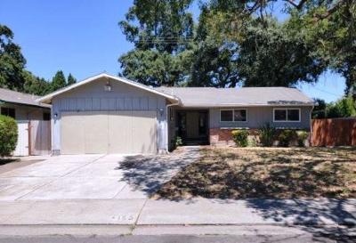 Single Family Home For Sale: 155 Patricia Avenue