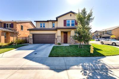 Roseville Single Family Home For Sale: 5573 Ensemble Way