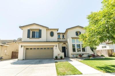 Escalon Single Family Home For Sale: 2410 Jessica Circle
