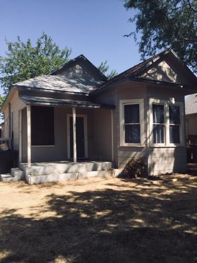 Single Family Home For Sale: 643 E Street