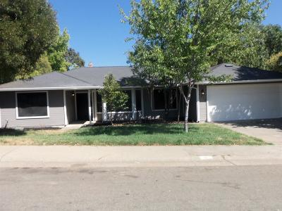 Citrus Heights Single Family Home For Sale: 7250 Yarrow Way
