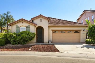 Elk Grove CA Single Family Home For Sale: $469,000