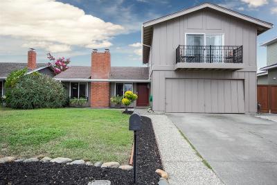Union City Single Family Home For Sale: 32208 Deborah Drive