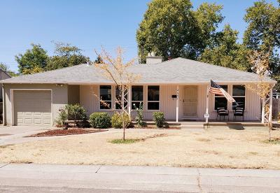 Sacramento Single Family Home For Sale: 2651 Watson Street