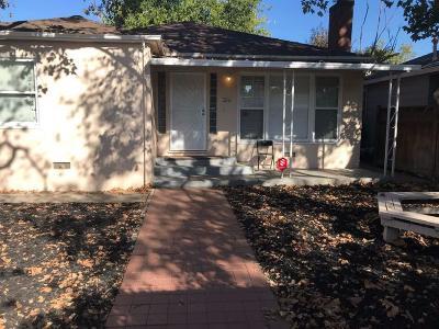 Sacramento CA Single Family Home For Sale: $255,000