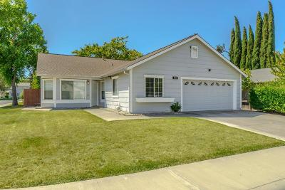 Davis, Woodland Single Family Home For Sale: 1418 Garfield Drive