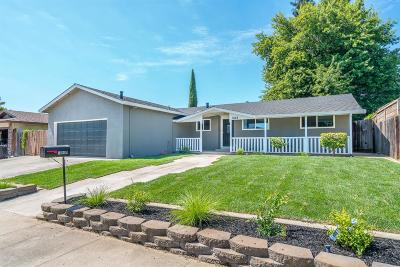 Single Family Home For Sale: 1044 Maria Drive