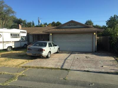 Sacramento CA Single Family Home For Sale: $289,000