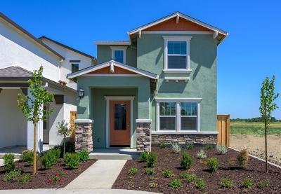 West Sacramento CA Single Family Home For Sale: $371,900