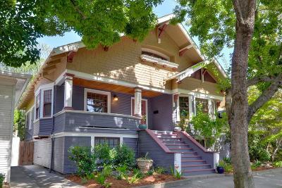 Sacramento Single Family Home For Sale: 2207 G Street