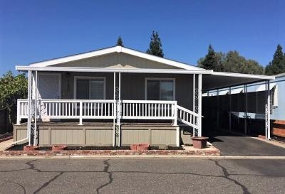 Mobile/Manufactured For Sale: 1830 E. Yosemite Avenue #185