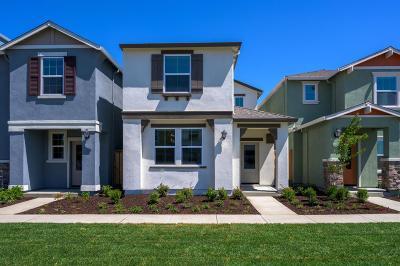 West Sacramento Single Family Home Pending Sale: 4055 Prosser Street