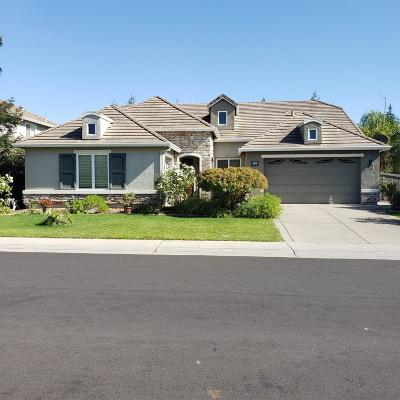 Elk Grove CA Single Family Home For Sale: $679,000