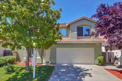 Elk Grove Single Family Home For Sale: 6980 Romanzo Way