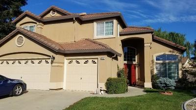 Elk Grove CA Single Family Home For Sale: $549,000