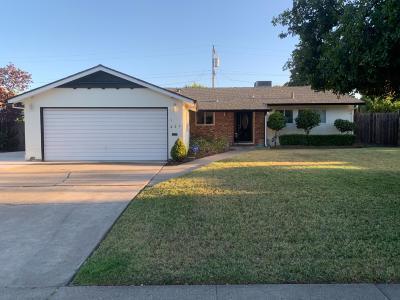 Stockton Single Family Home For Sale: 224 East Benjamin Holt Drive