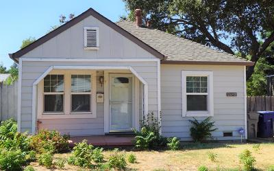 Sacramento Single Family Home For Sale: 2642 43rd Street