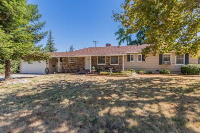 Sacramento Single Family Home For Sale: 3058 Yellowstone Lane