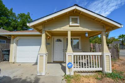 Sacramento Single Family Home For Sale: 1449 Katharine Avenue