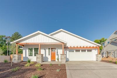 Single Family Home For Sale: 3701 Mackenzie Lane