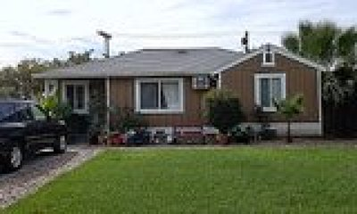 San Joaquin County Single Family Home For Sale: 256 East Beverly Place