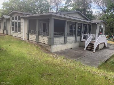 Corning Single Family Home For Sale: 7580 Charles Drive