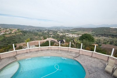 Poway Single Family Home For Sale: 12212 Old Stone Road