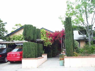 San Diego Single Family Home Contingent: 8689 Innsdale