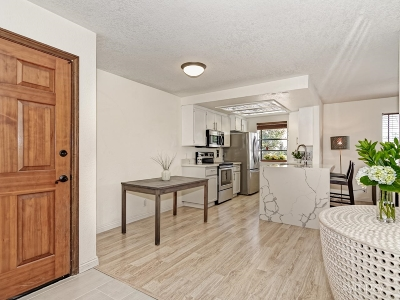 San Diego Attached Sold: 2560 C Street #23