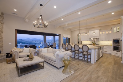 Santaluz Single Family Home For Sale: 14991 Encendido