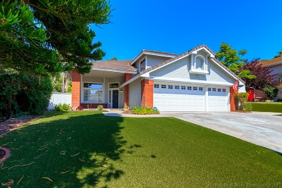 Oceanside Single Family Home For Sale: 366 Moonstone Bay Dr