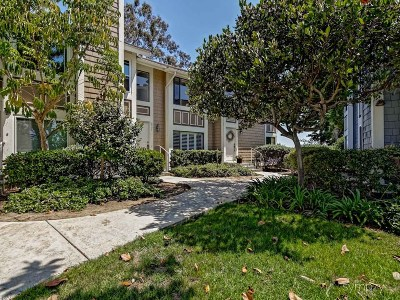 Carlsbad Townhouse For Sale: 6995 Carnation Dr