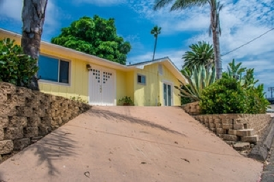 Leucadia Single Family Home For Sale: 930 Orpheus Ave