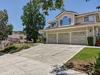 Santee Single Family Home For Sale: 8482 Mesa Heights Rd.