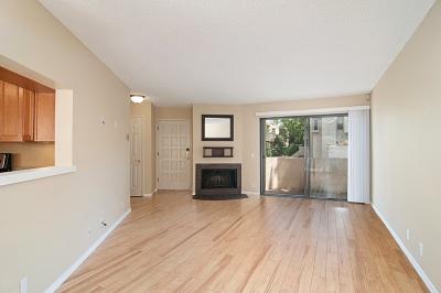 La Jolla Attached For Sale: 8316 Via Sonoma #122