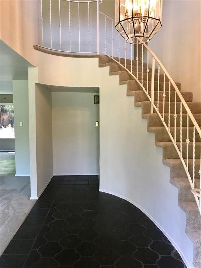 Escondido Single Family Home For Sale: 2627 Mary Lane Pl