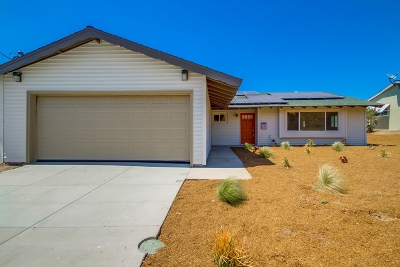 Poway Single Family Home For Sale: 12814 Metate Ln