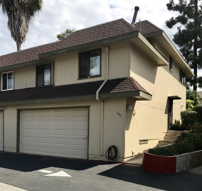 Vista Townhouse For Sale: 1010 Marlin Dr