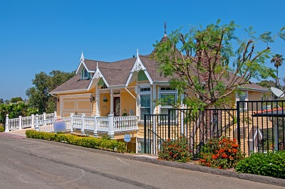Oceanside Single Family Home For Sale: 1187 Leonard Ave