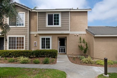 Townhouse For Sale: 3697 Caminito Carmel Landing