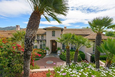Poway Single Family Home For Sale: 17635 Stagecoach Ln