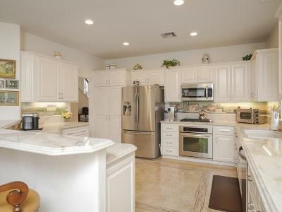 Single Family Home For Sale: 2786 Unicornio St