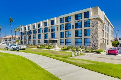 Pacific Beach, Pacific Beach Sail Bay, Pacific Beach, North Pacific Beach, Pacific Beach/Crown Point Attached For Sale: 4667 Ocean Blvd #113