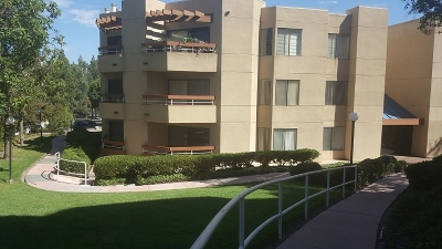 San Diego Attached For Sale: 6960 Golfcrest Drive #B150