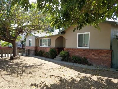 Escondido Single Family Home For Sale: 949 Goldenrod