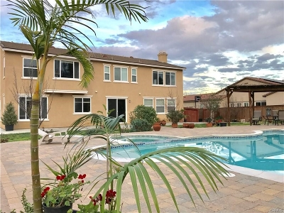 Riverside County Single Family Home For Sale: 25427 Champlain Ave.