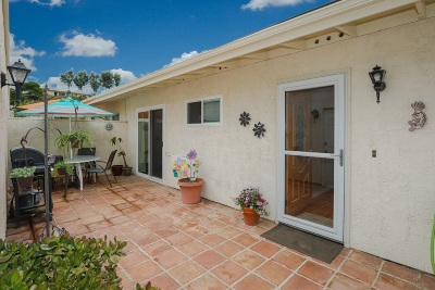 Ocean Side, Oceanside Attached For Sale: 3716 Clove Way