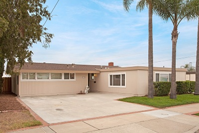 San Diego Single Family Home For Sale: 9165 Ronda Ave