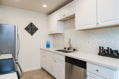 Carlsbad Attached For Sale: 2362 Hosp Way #333